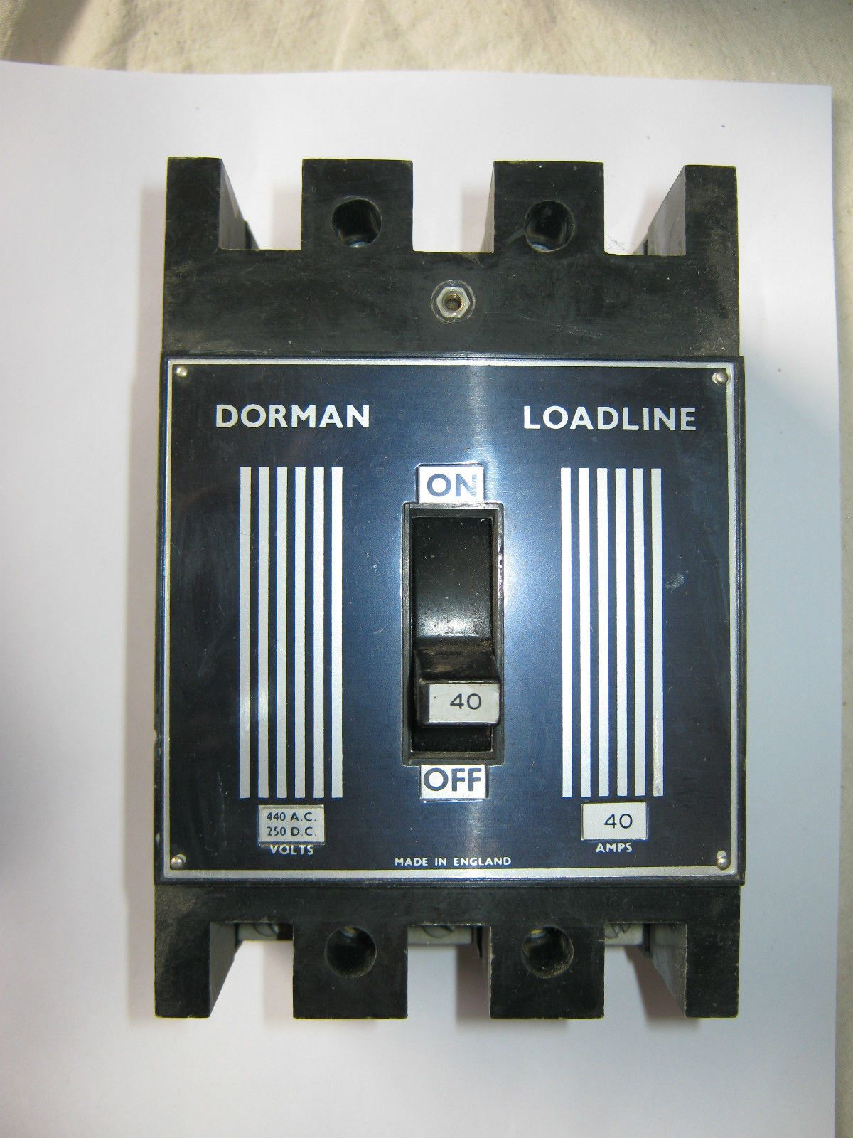 Dorman Smith Loadline 40 Amp 440v Mccb Circuit Breaker